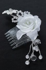 Haarkam met witte roos en pareltjes