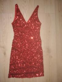 Mouwloos glitterjurkje vol glitterpailletten rood 34/36