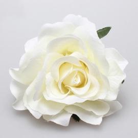 Prachtige  witte roos op haarclip/broche