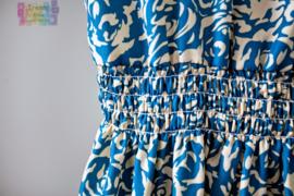Leuk meiden zomerjurkje met elastieken taille wit met blauw roosjesmotief mt 146 t/m 164 (XS/S)