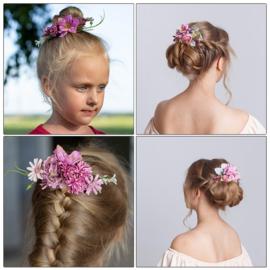Prachtige romantische haarkam met  lilapaarse bloemen