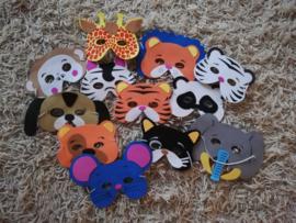 Set van 12 eenvoudige dierenmaskers van foam met elastiek 3-8 jaar