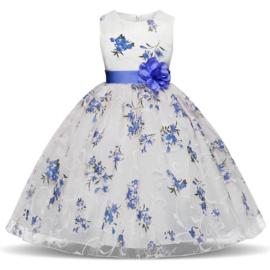 Schitterende luxe witte feestjurk met blauwe bloemen maat 128/134