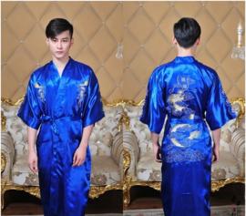 Schitterende lange luxe blauwe herenkimono met draak