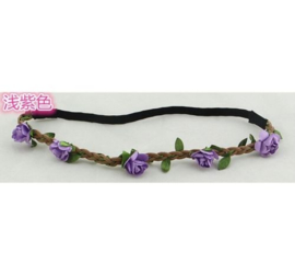 Leuke elastieken haarband met paarse roosjes