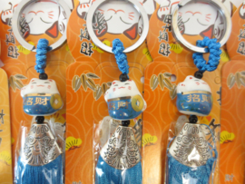 Superleuke Lucky Cat sleutelhanger met klosje blauw