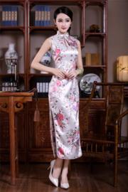 Beeldschone lange mouwloze Chinese jurk wit met bloemen