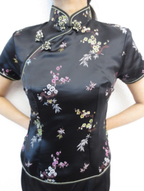 Mooi zwart getailleerd chinees blousje bloesem motief