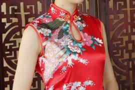 Mouwloos Chinees pauwenjurkje rood