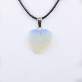 Veterketting met hart van geslepen Opaliet