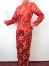 Fantastische lange rode Chinese jurk met mouwen draken en phoenix motief