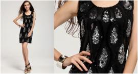 Mooi zwart paillettenjurkje met zwart/zilver druppelmotief maat S / M