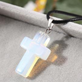 Veterketting met kruis van geslepen Opaliet