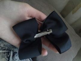 Mooie grote hairbow op clip zwart