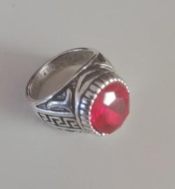 Nr. 9 Tibetaans zilveren ring met ovale facetgeslepen rode glassteen maat 18