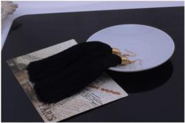 Mooie oorbellen met zwarte klosjes 12 cm lengte