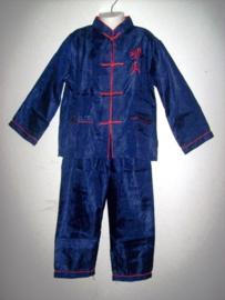Hele leuke jongens kung-fu set donkerblauw met rode tekens