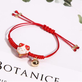 "Superleuk verstelbaar armbandje ""Lucky cat"" met belletje rood"