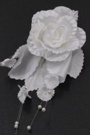 Patentspeld met witte roos 1