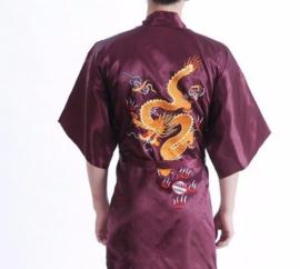 Stoere korte bordeauxrode kimono met draak op achterzijde