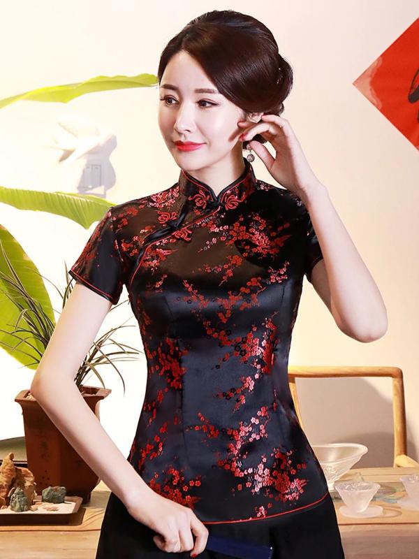 Mooi getailleerd chinees blousje zwart met rode pruimenbloesem