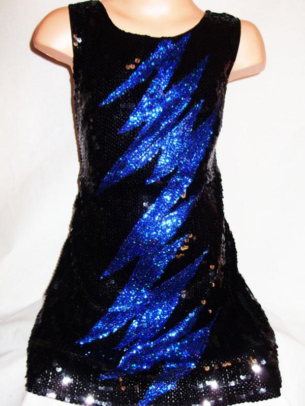 Flitsend zwart glitterjurkje met blauwe bliksem maat 92 t/m 116