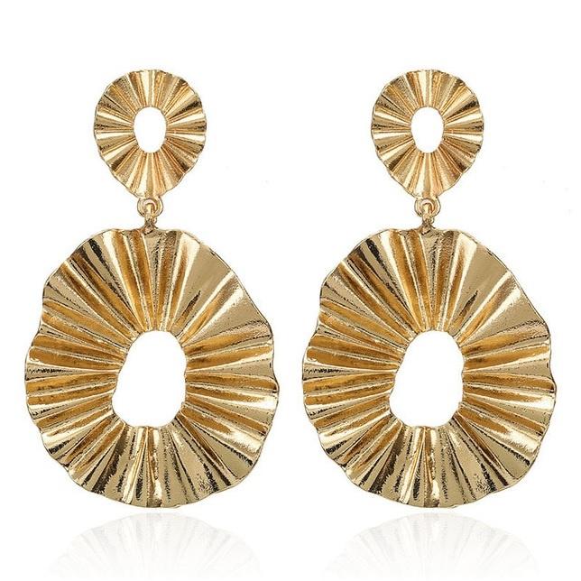 Gouden chunky statement oorbellen grote ring 7 cm