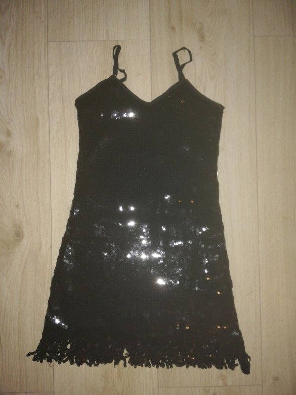 Geweldig paillettenjurkje met glitterfranje zwart maat 34/36/38
