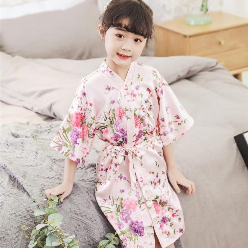 Superleuke kinderkimono met bloemenprint roze