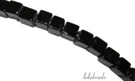 10 Strengen Onyx kralen vierkant ca. 4mm