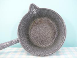 Vintage grijs gewolkte emaille steelpan - diameter 17 cm