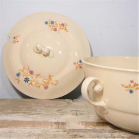 Vintage aardewerk schaal met deksel - soepterinne