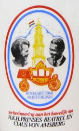 Boch vintage beker Koningin Beatrix huwelijk 1966