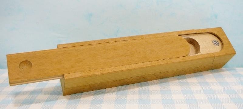 Griffeldoos - houten speelgoed