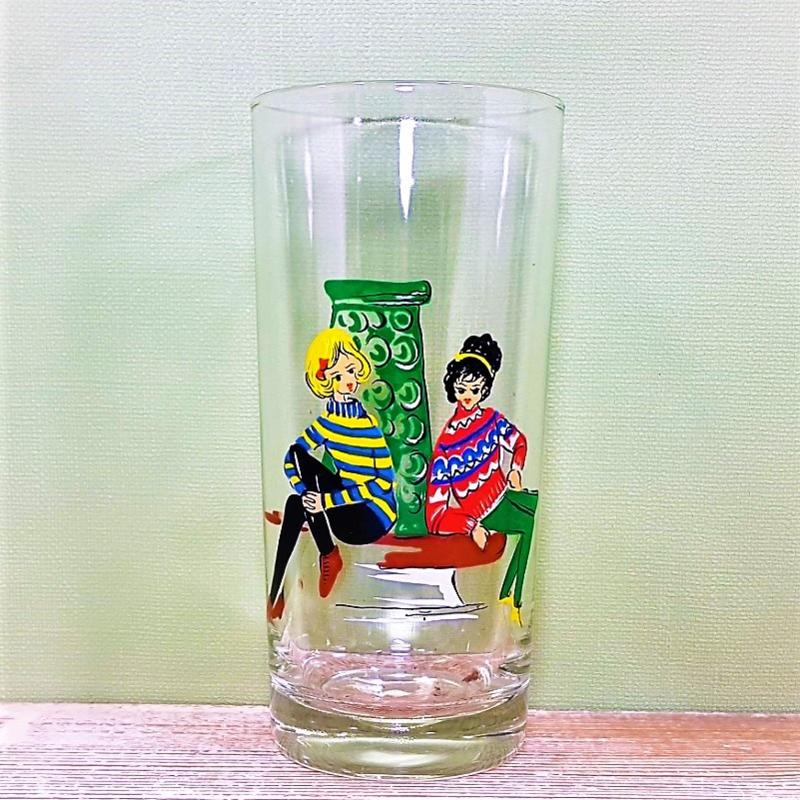 Vintage glas met afbeelding van meisjes - Jaren 60