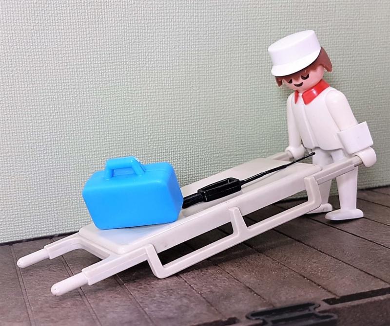 Vintage Playmobil 3361 ziekenhuis - 1976