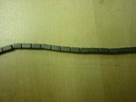 Hematite mat balkvorm 4 x 2 mm - 7017M