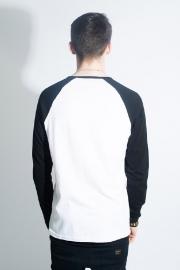 Pop Boutique, Raglan T-shirt Black / White.