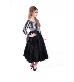 Glamour Bunny, Reversible Skirt in Black.