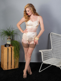 What Katie Did, Seamed Stockings Latte Glamour.