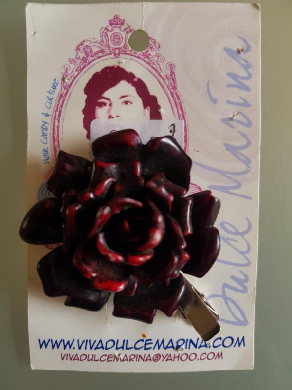Viva Dulve Marina, Red Rose Clip.