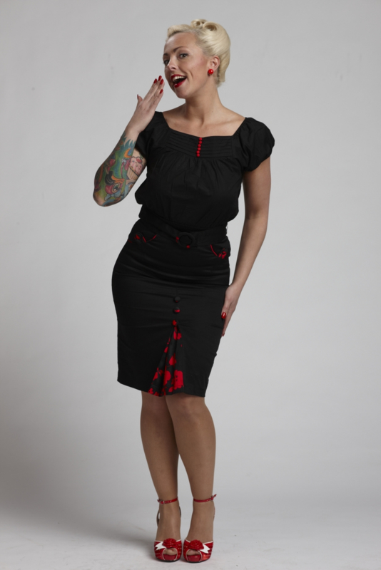 Living Dead Souls, Roses Pencil Skirt in Small.