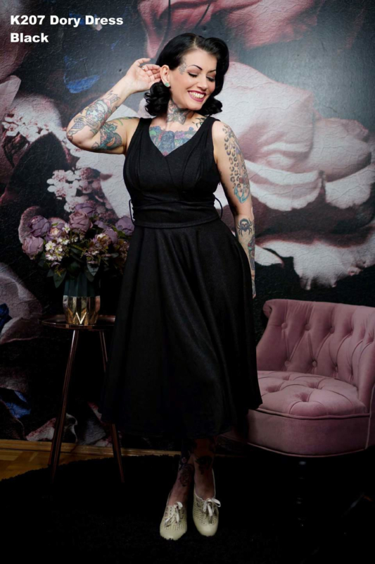 Daisy Dapper, Dory Dress.
