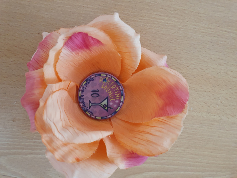 Peach Pokerchip Flower.