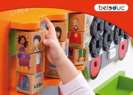 Beleduc Wand Spelpaneel Trein Vrolijke Kinderen