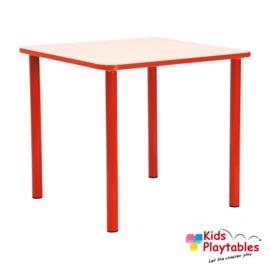 Vierkante houten kindertafel voor de kinderopvang in de kleur rood, H 46 cm