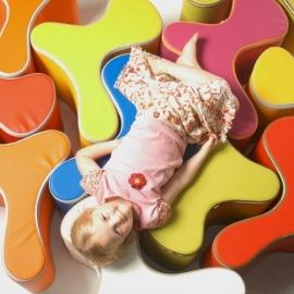 Design Kinderstoel, Kinderzetel Ozo Bone in de kleur Geel