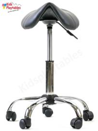 Zadelkruk op wielen kleur grijs met gasveer 46 -62 cm - tabouret verstelbaar - kappersstoel - knipkruk - kapperskruk - kappersfiets - Ergonomisch - Ponyseats
