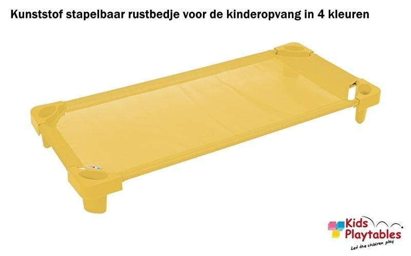 Stapelbare Rustbedje Kunststof geel