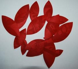 Behangblaadjes  bloedrood met patroon